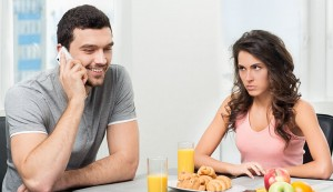 6 Fastest Ways to Stop Being a Possessive Girlfriend