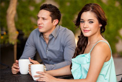 8 Awesome Exit Strategies to Ditch an Awful Date